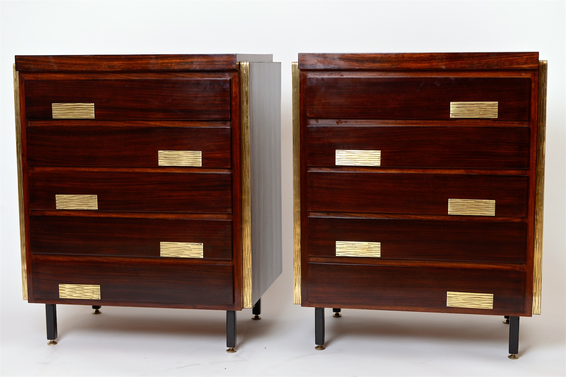 Pair of chest of drawers. Italy c1950