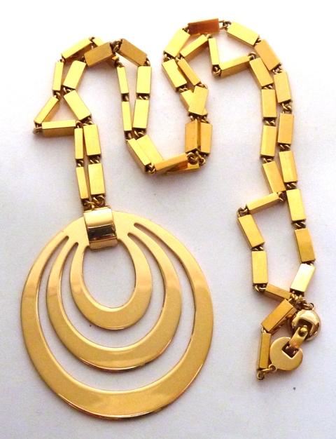 Monet Vintage Gold Tone Pendant On Chain Alfies